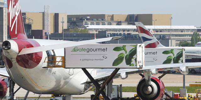 מחשש לברקזיט קשה: ענקית הסעדה למטוסים אוגרת מזון