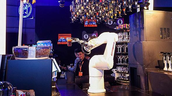 המלון הרובוטי של עליבאבא בהאנגז