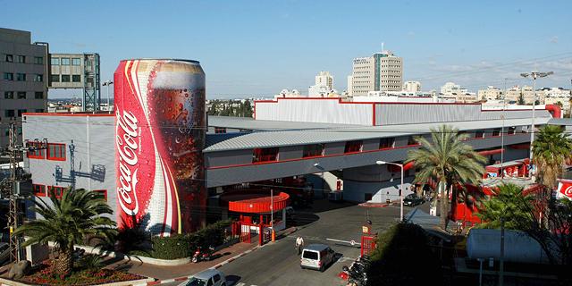מפעל קוקה קולה ישראל, צילום: עמית שעל