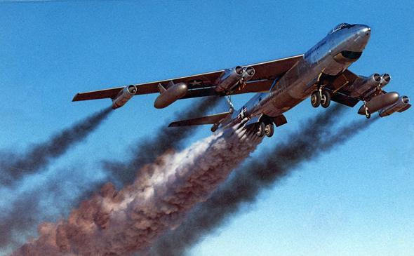 מפציץ סילוני מדגם B47, ממריא בסיוע רקטות, צילום: USAF