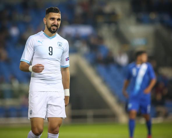 שחקן נבחרת ישראל מואנס דאבור. יגיע לסביליה בקיץ