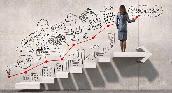 בניית תכנית אסטרטגית אישית לניהול קריירה היא קריטית בעולם העבודה הדינמי
