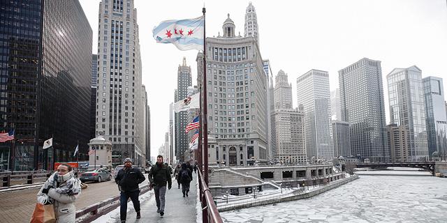 גל קור מקפיא: בשיקגו יותר קר מהאוורסט - הטמפ' מינוס 40