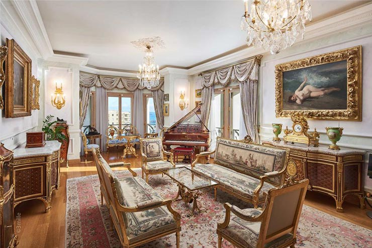 הסלון המפואר בגווני זהב , צילום: Sotheby