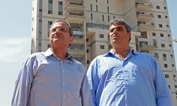 """ג'קי סויסה (מימין) ואיתן לוי. """"המעגל השני סביב תל אביב – הוא זה שיותר מעניין אותנו"""""""