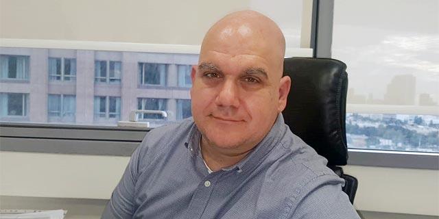 """עו""""ד מיכאל אוסטרובסקי. ההסכם האחיד לא מייתר את הצורך בעורך דין"""