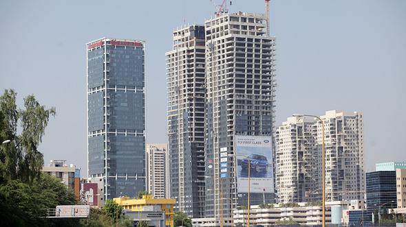 מגדלים בתל אביב