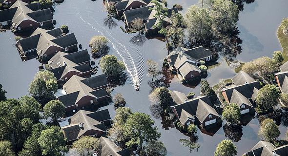 הצפות בצפון קרוליינה בעקבות הוריקן פלורנס, צילום: בלומברג