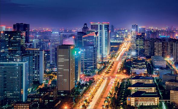 """צ'נגדו, בירת סצ'ואן. """"הריביות בבנקים בסין אפסיות, שוק ההון לא ברור, אז כולם הולכים לנדל""""ן"""""""
