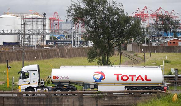 משאית של חברת האנרגיה הצרפתית טוטאל