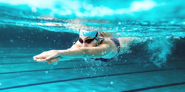 שוחים עם הזרם: איך לספור בריכות בלי טכנולוגיה