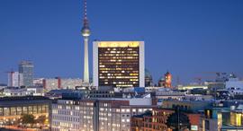 ברלין בלילה, צילום: שאטרסטוק