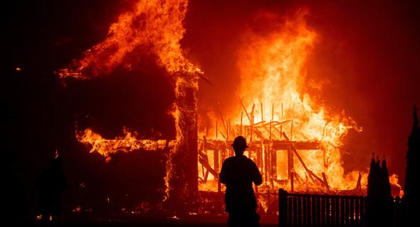 שריפה בקליפורניה, 2018, צילום: אי.פי