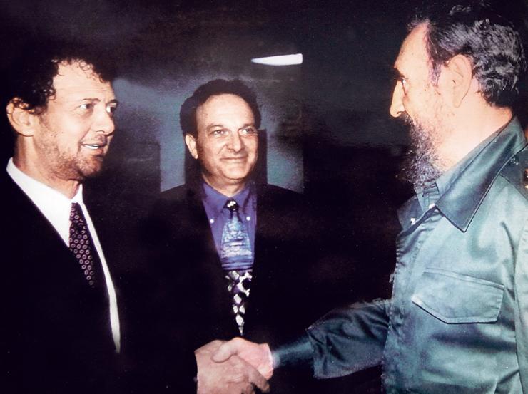 """קסטרו (מימין), דיזנהויז ורוטנברג. """"הצעתי לו לבנות אזור סחר חופשי, והוא צעק עליי: 'לך לרפובליקה הדומיניקנית"""""""
