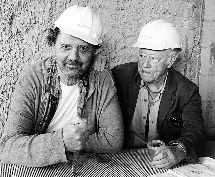"""רנומה (מימין) ורוטנברג, בקובה. """"הסכים לעצב בחינם אז קראתי למלון על שמו"""""""