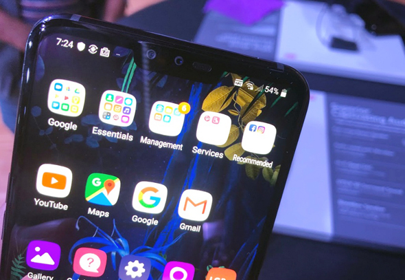 LG סמארטפונים G8 V50 7, צילום: עומר כביר
