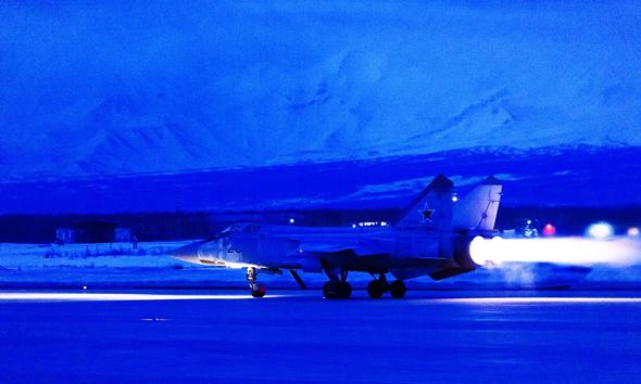 מטוס מיג 31 בריצת המראה, במבערים מלאים, צילום: mil.ru