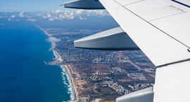"""רצועת חוף בצפון תל אביב זירת הנדל""""ן, צילום: שאטרסטוק"""
