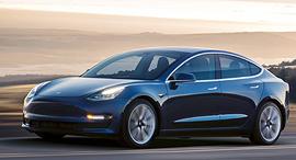 טסלה מודל 3 מכונית חשמלית, צילום: Tesla