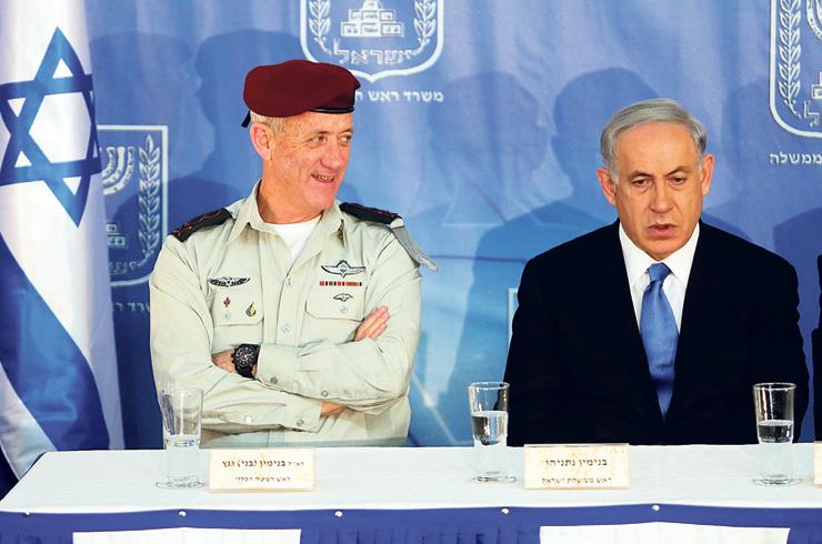 """נתניהו וגנץ. """"ביבי הפך את המילה 'שמאל' למילה נרדפת לבוגדים עוכרי ישראל. זה גאוני מבחינת מיתוג אבל חסר אחריות במובן הלאומי"""""""