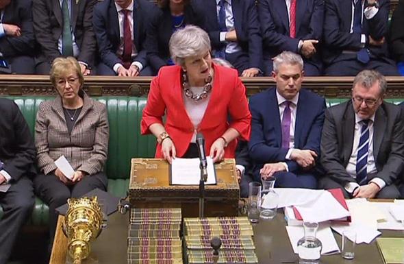 """ר""""מ בריטניה תרזה מיי בפרלמנט, השבוע, צילום: איי אף פי"""