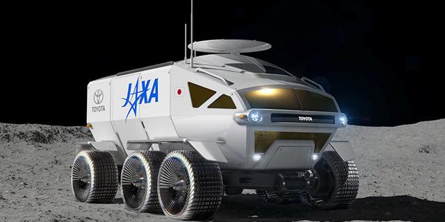 טויוטה תשלח לירח מונית אוטונומית לאסטרונאוטים