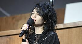 פנאי נינט טייב זמרת, צילום: שחר עזרן
