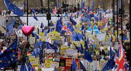 הפגנה ב לונדון נגד ה ברקזיט, צילום: איי פי
