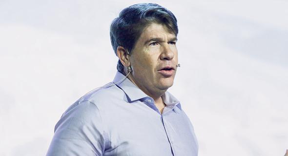 ג'קי כהן, מנהל האגף העסקי בבנק הפועלים. מחפש חדשנות מוצרית וייצורית