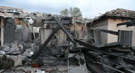 הבית שנפגע במושב משמרת, צילום: יאיר שגיא
