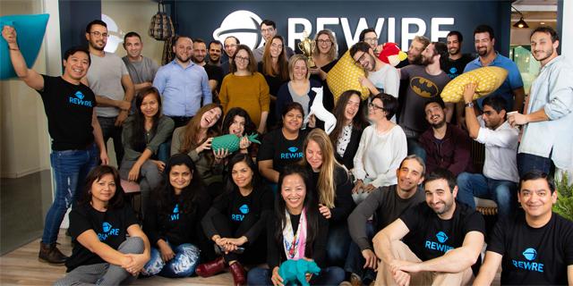עוזרים למהגרים: חברת הפינטק Rewire מגייסת 12 מיליון דולר