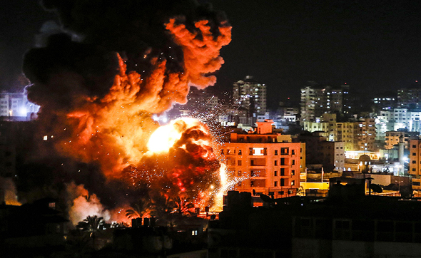 Israeli strike in Gaza Monday night. Photo: AFP