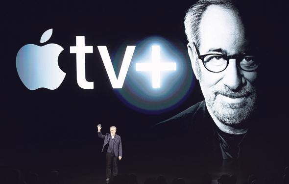 סטיבן שפילברג באירוע של אפל TV