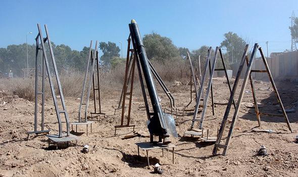 רקטות קסאם של חמאס על מסילות שיגור