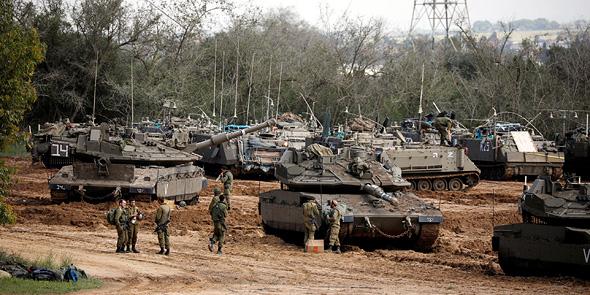 טנקים בגבול עזה