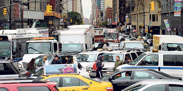 """ניו יורק תשדרג את התחבורה הציבורית עם מסי גודש ונדל""""ן"""