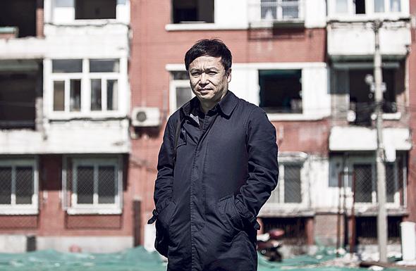 """פרופ' גאן לי: """"במקרה של פאניקה, שטף דירות למכירה עלול להכות בסין כמו שיטפון"""""""