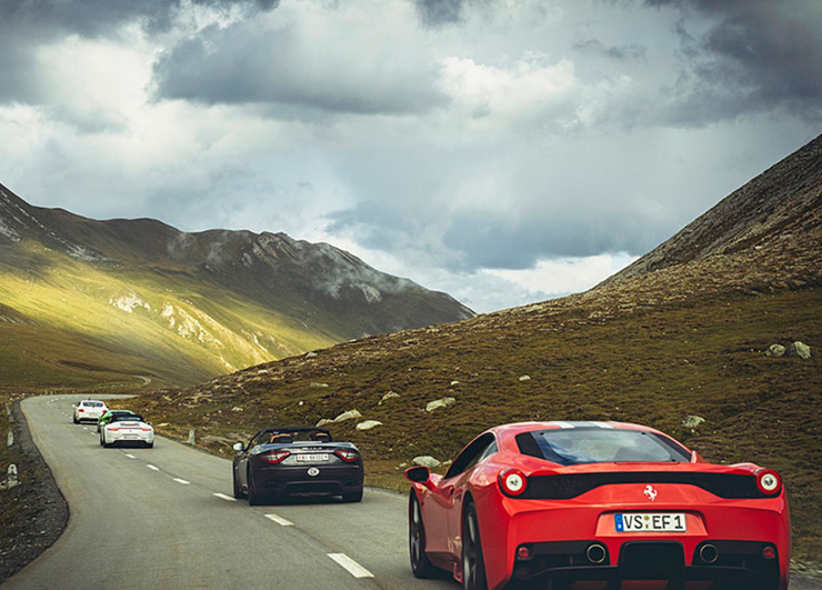 מרוצי מכוניות באלפיים השוויצרים, צילום: alps ultimate drives
