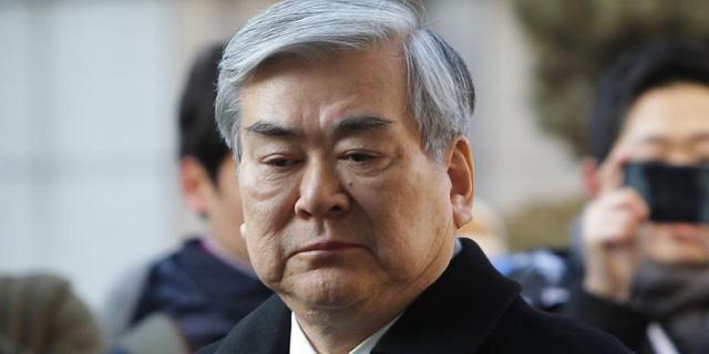"""מנכ""""ל חברת התעופה קוריאן אייר מת בגיל 70"""