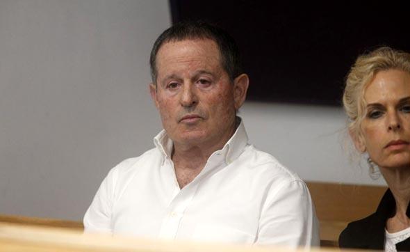 מאיר שמיר בעל השליטה ב מבטח שמיר עדות בית משפט, צילום: מוטי קמחי