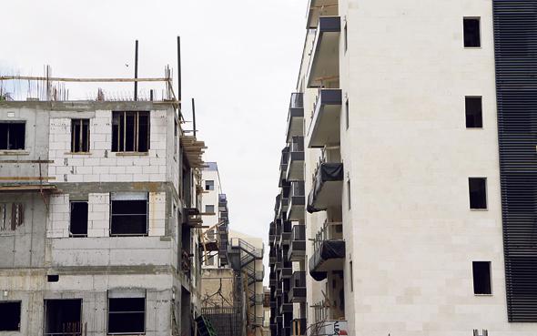 """פרויקט תמ""""א בשכונת אגרובנק, חולון, צילום: עמית שעל"""
