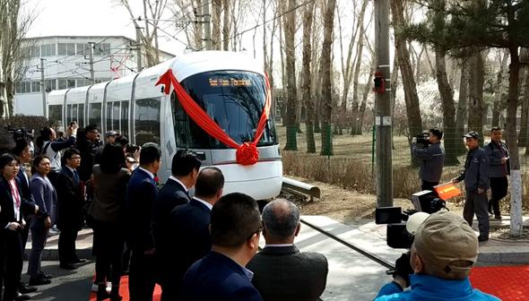 הקרונות בניסוי בסין