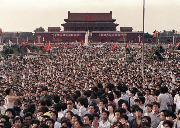 ההפגנות כיכר טיאננמן לפני 30 שנה