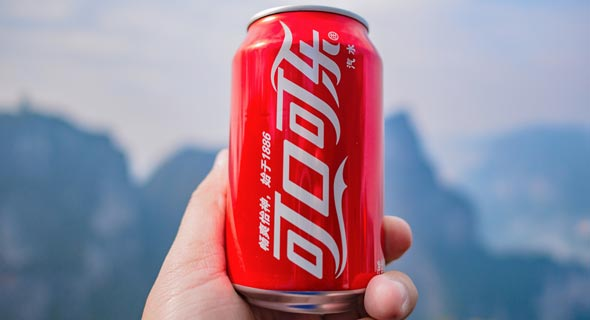 A Coca-Cola can in China. Photo: Sumeth anu/Shutterstock