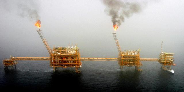 """חשש למיתון עולמי? סוכנות האנרגיה הבינ""""ל חותכת תחזית הביקושים לנפט"""