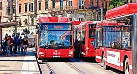 שטוקהולם. אוטובוסים נלחמו בפקקים   , צילום: שאטרסטוק