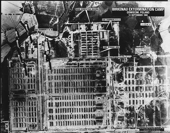 אושוויץ-בירקנאו בתצלום אוויר מפוענח מ-1944, צילום: USAF