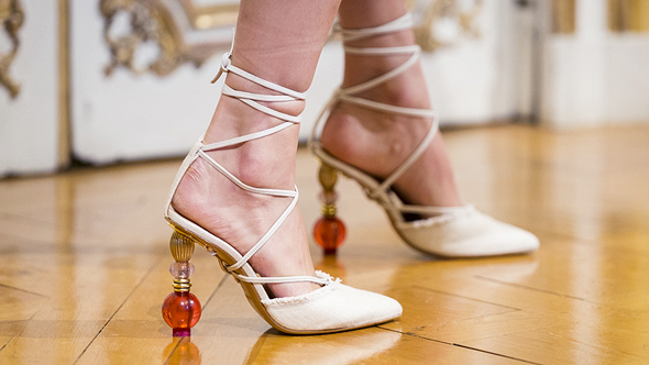 נעלי עקב מפוסלות jacquemus