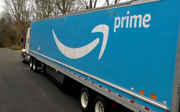 משאית משלוחים של אמזון, צילום: youtube
