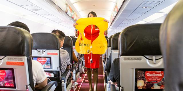 מדריך לסחבנים: מה מותר ומה אסור לקחת הביתה מהמטוס?